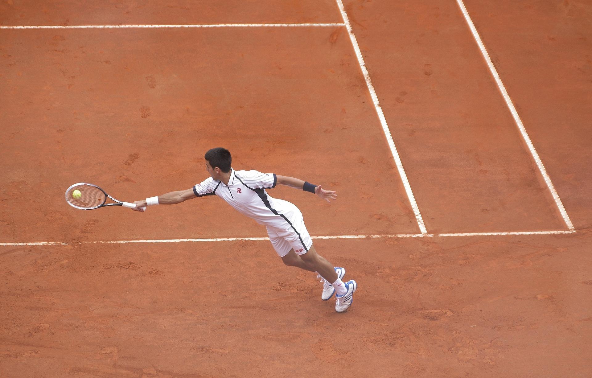 テニスにおけるフットワークの重要性とは?
