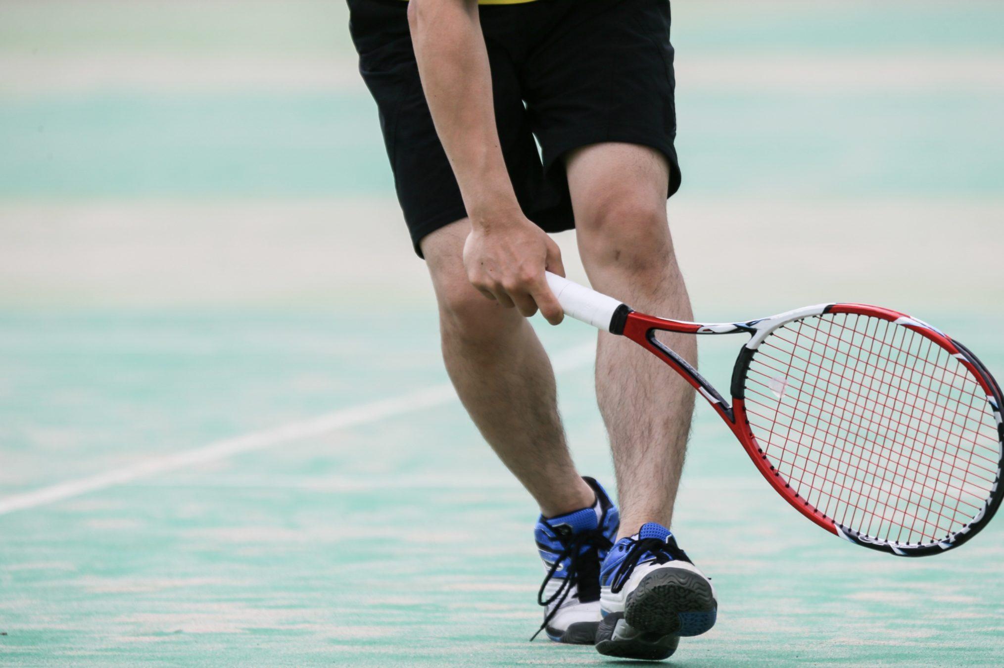 【ショット別】最適なテニスのグリップは?