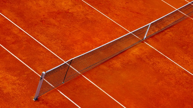 ロブに上手く対処できるかがテニスの勝敗を分ける!