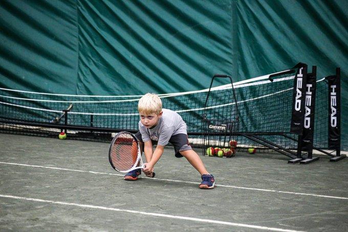 テニスのリターンが苦手な人の共通点と改善方法。